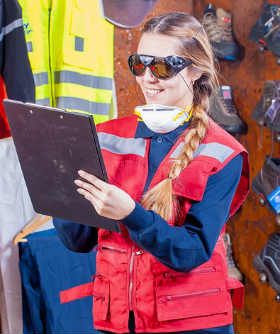 Can Woman Become a Forklift Operator?